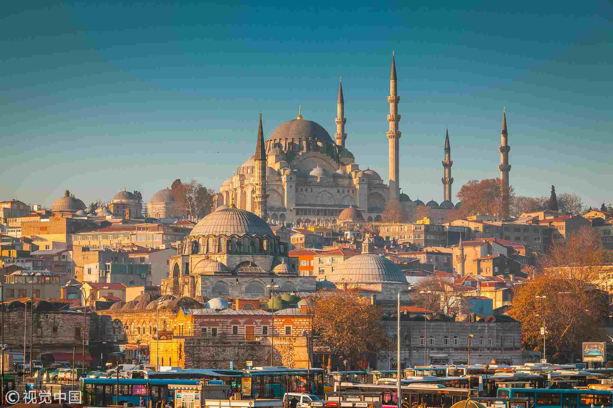 Foreign tourist arrivals in Turkey down 72.5 pct