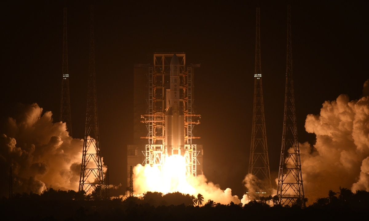 China's aerospace industry to develop without arrogance