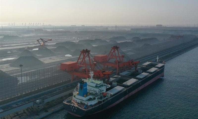 Foreign Ministry says China steps up quality inspection, responding to stranded Australian coal