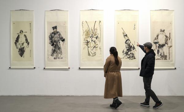 Exhibition shows peking opera through the lens of contemporary arts