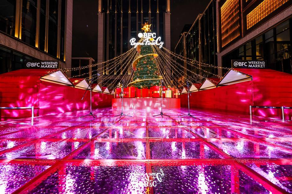 Center lights up for Christmas and New Year