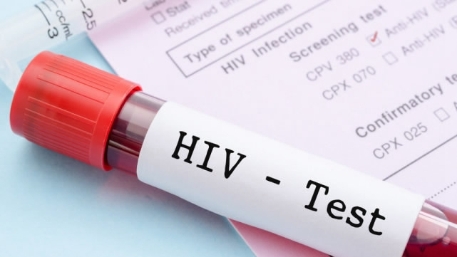 Chinese premier stresses prevention, treatment of HIV/AIDS