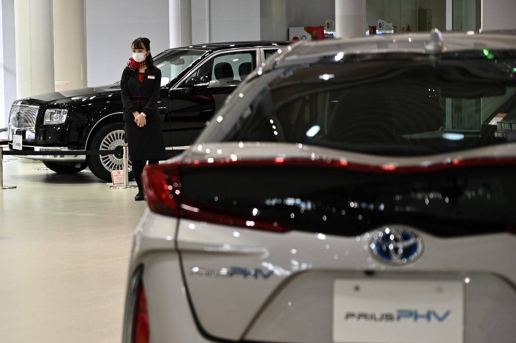 Japan set to ban sales of new petrol cars in mid-2030s: reports