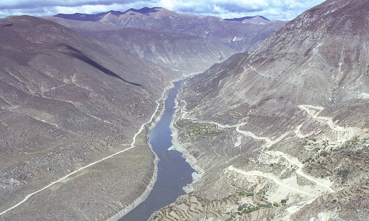 China has right to develop Yarlung Zangbo River, to stay in touch with India, Bangladesh: Chinese FM