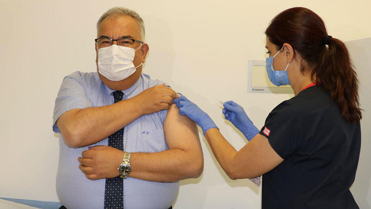 Chinese COVID-19 vaccine 'shows no serious side effects' in Turkey