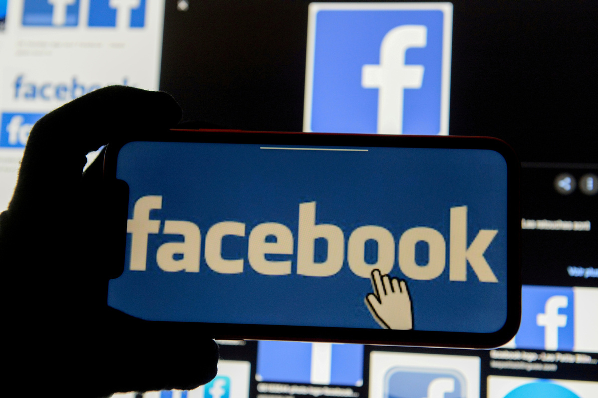 US lawsuit says Facebook favored immigrants over US workers