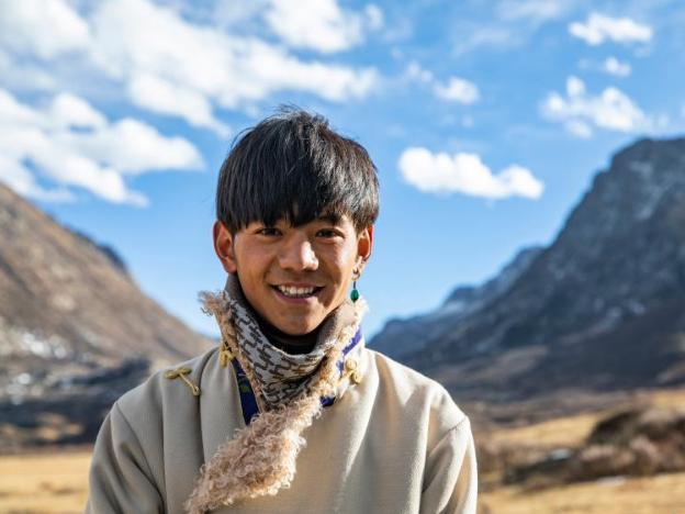 Pic story: Tibetan herder becomes internet celebrity