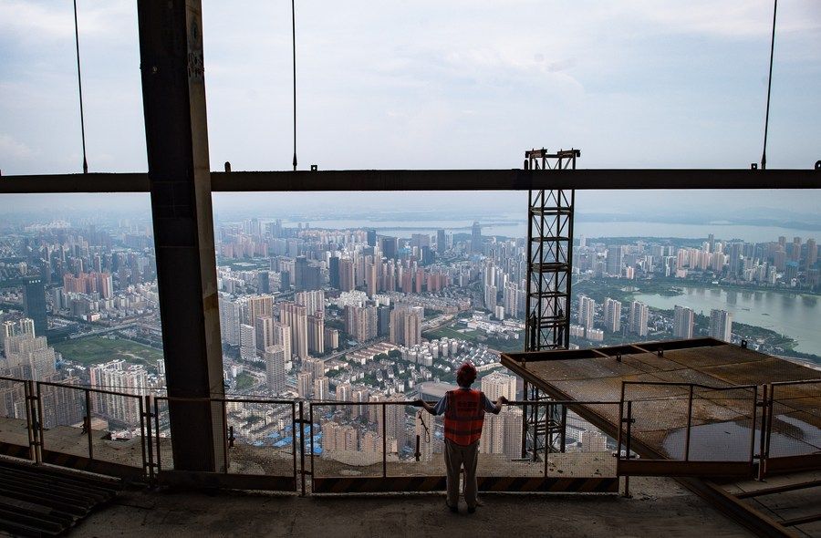 China's building material industry registers robust recovery