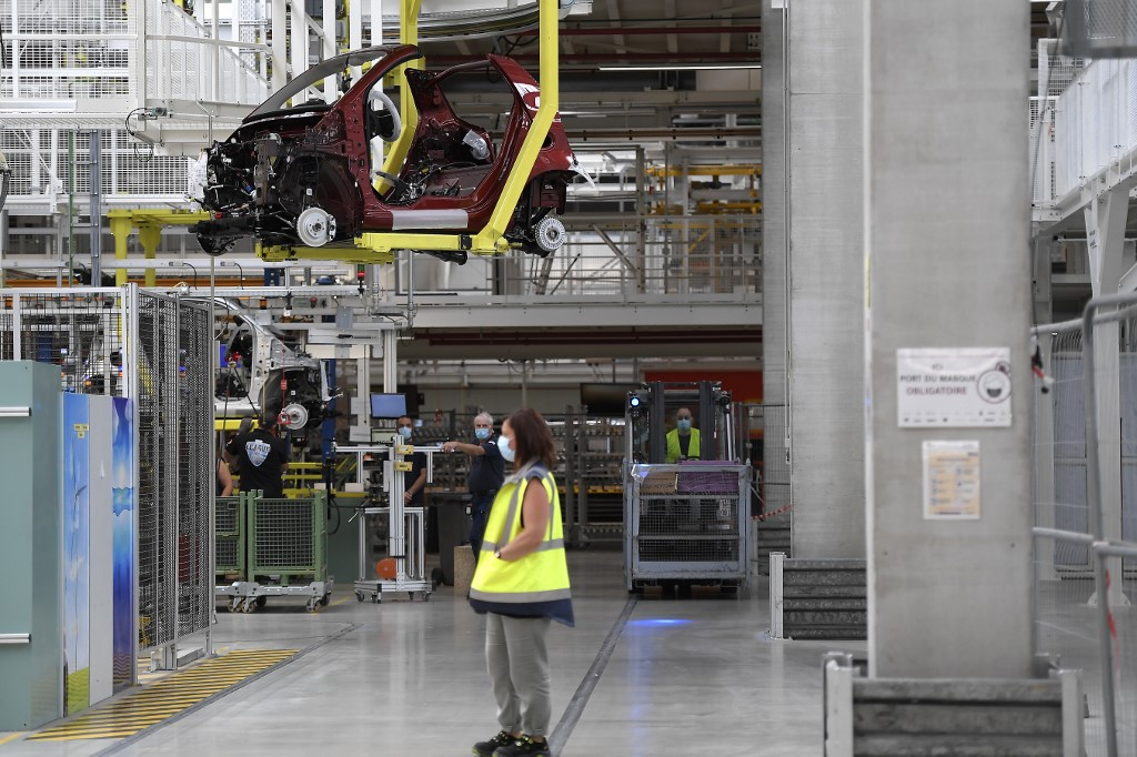 Daimler sells French Smart factory to Britain's Ineos