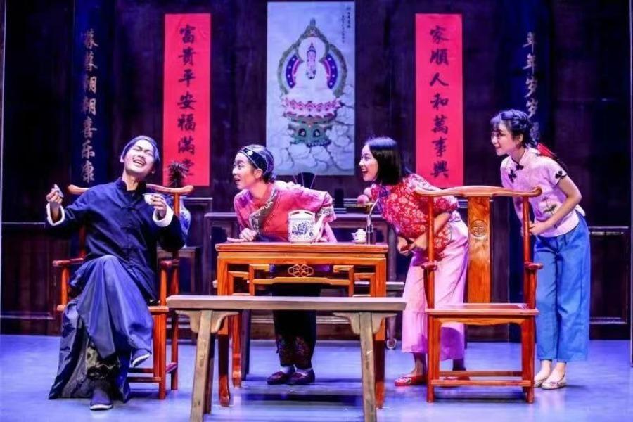 Student theater festival names 10 winning scripts