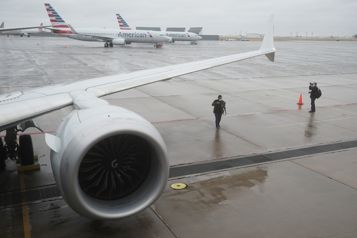 Boeing hit by more canceled orders even as MAX nears return
