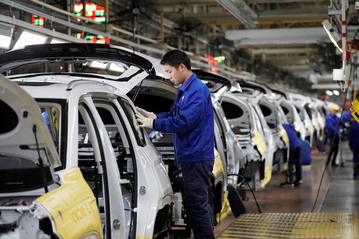 Li: Economy set to remain on steady keel