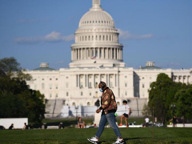 US House passes one-week stopgap funding bill to avoid gov't shutdown