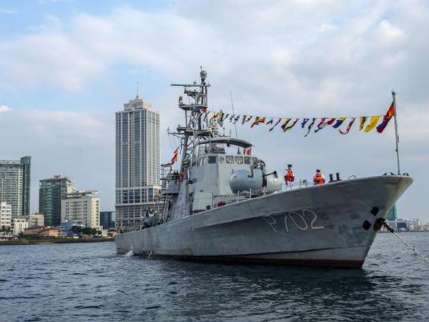 Sri Lanka Navy holds parade in the seas of Colombo