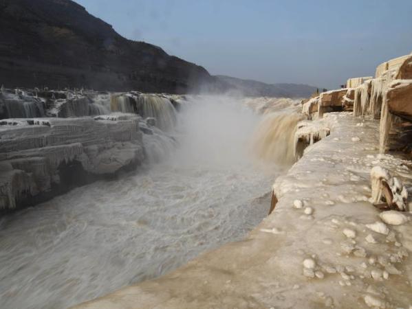 Winter scenery of Hukou Waterfall scenic spot in north China