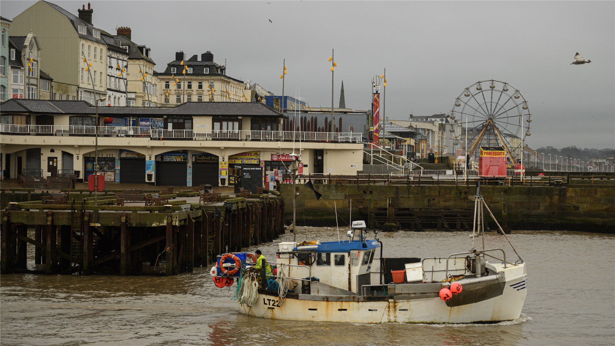 UK prepares Navy to protect fishing waters in case of 'no deal' Brexit