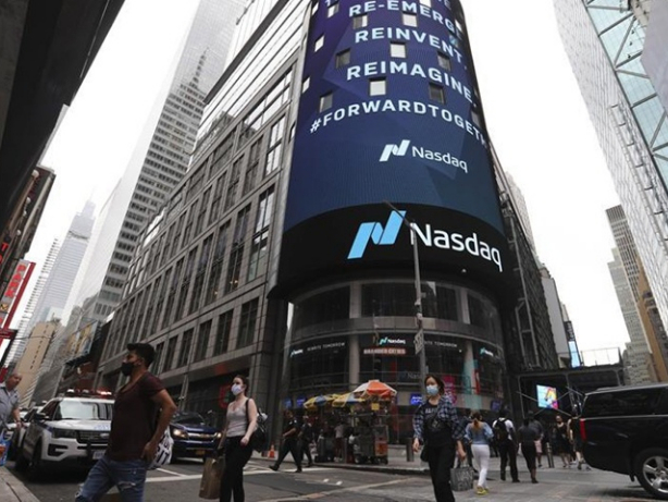 China criticizes US' ordering NASDAQ to remove Chinese stocks from indexes