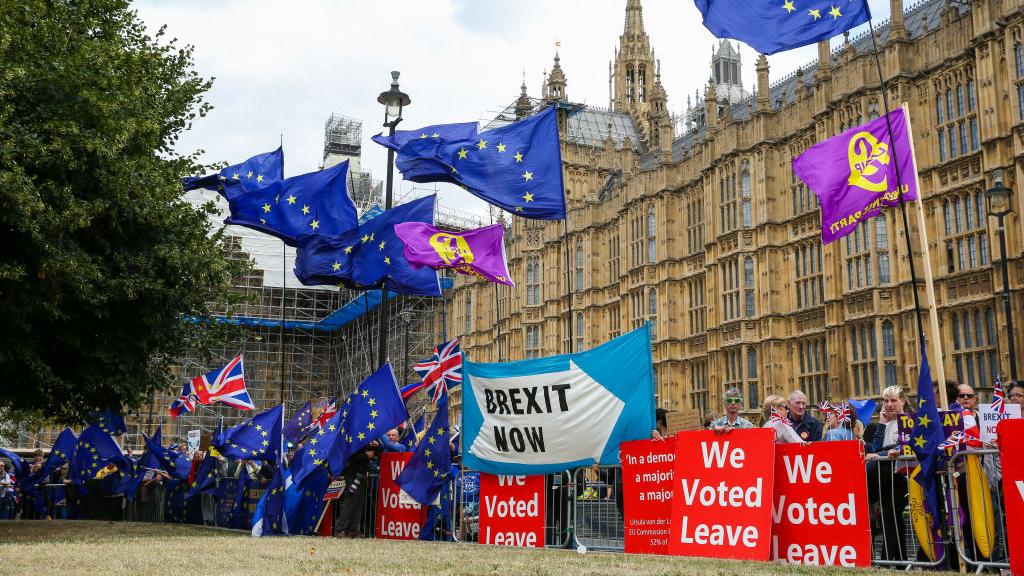 EU, UK agree to continue post-Brexit deal talks beyond Sunday deadline