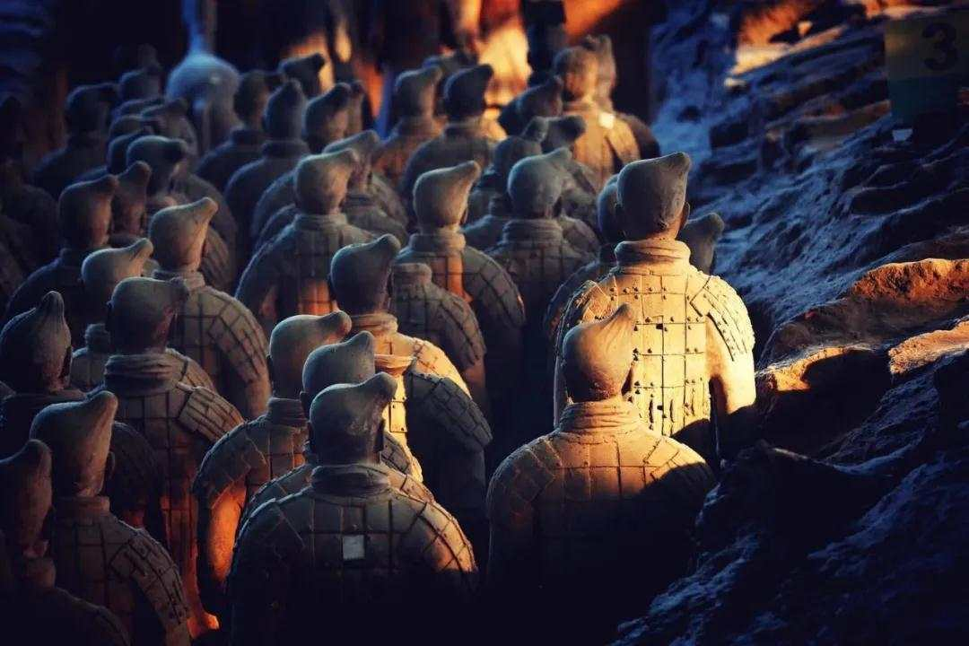 Meet the photographer who takes pictures for Terracotta warriors
