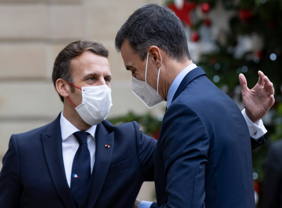 Spanish PM Sanchez in quarantine after contact with Macron