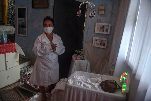 Brazil's COVID-19 cases top 7 mln