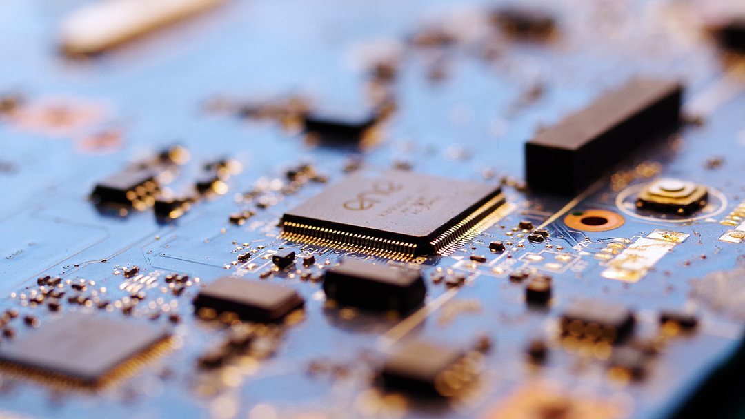 China unveils tax exemption to boost self-sufficiency of domestic chip makers