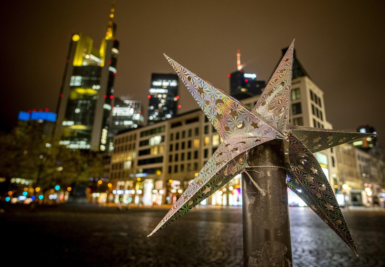 German economic outlook rises, remains subdued