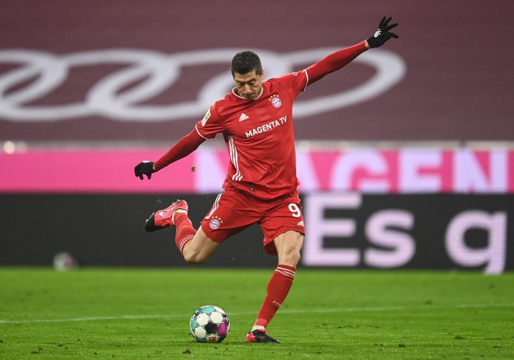Lewandowski wins FIFA best player award