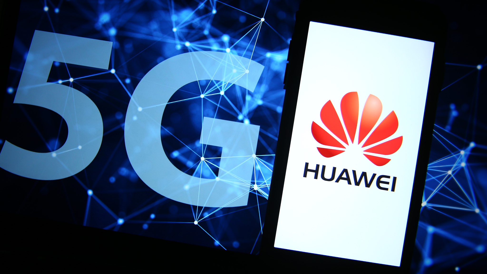 Germany gives Huawei conditional 'green light' in 5G