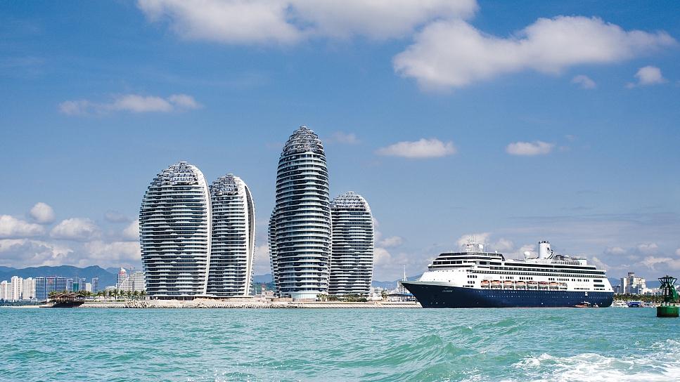 China's resort island Hainan reports surging duty-free sales
