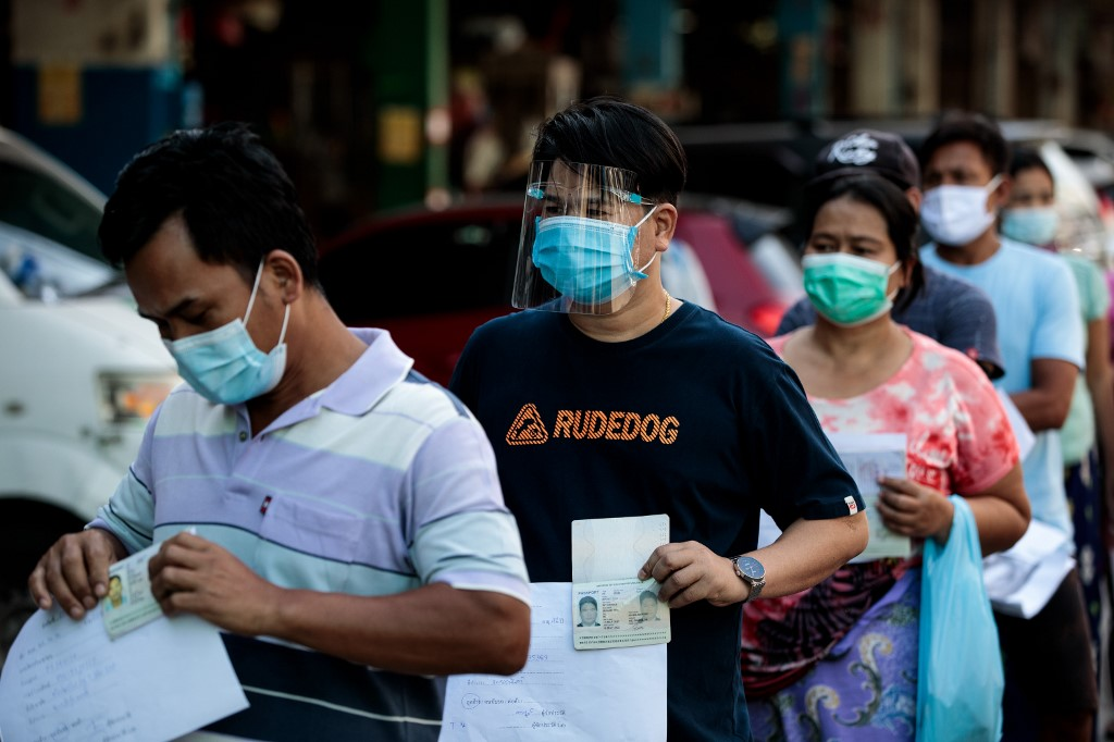 Thailand sees new COVID-19 case surge, pandemic-hit region under lockdown