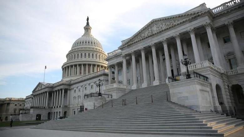 US Senate passes one-day funding to avoid government shutdown