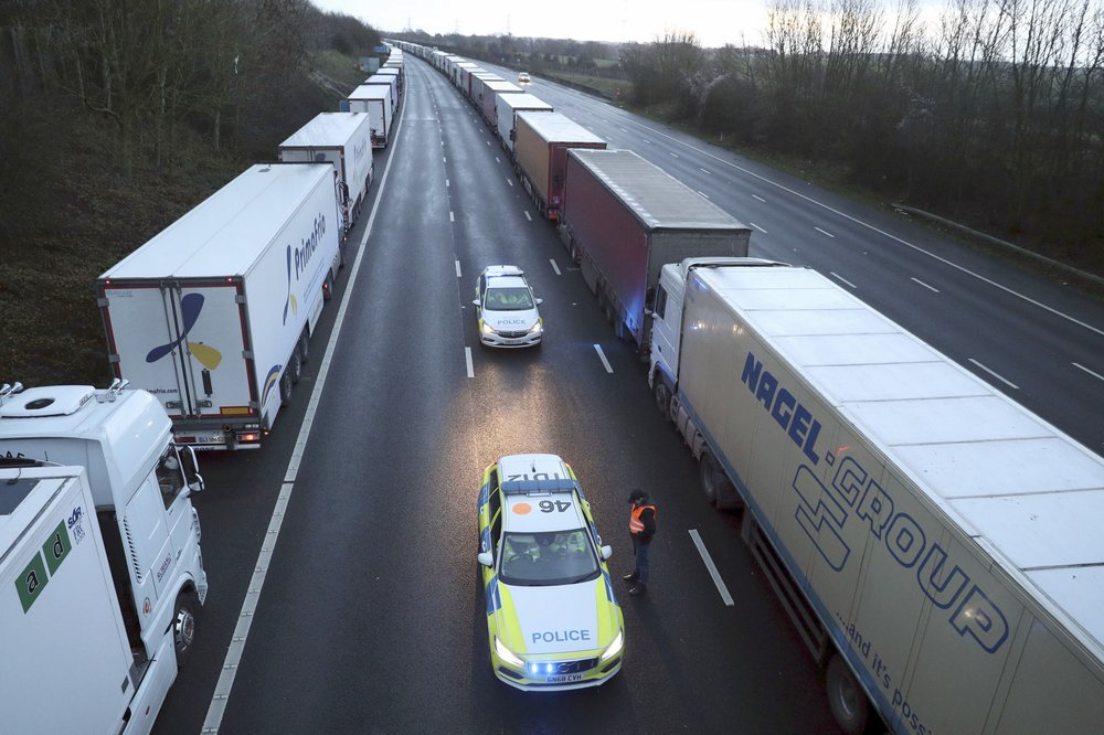 France relaxes its ban on trucks entering from Britain