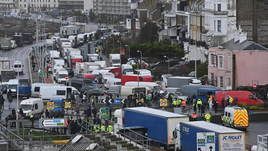 EU transport boss criticises France on UK truck delays