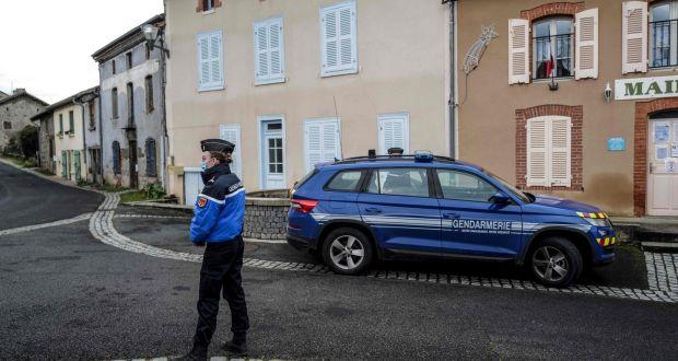 3 police officers shot dead in central France