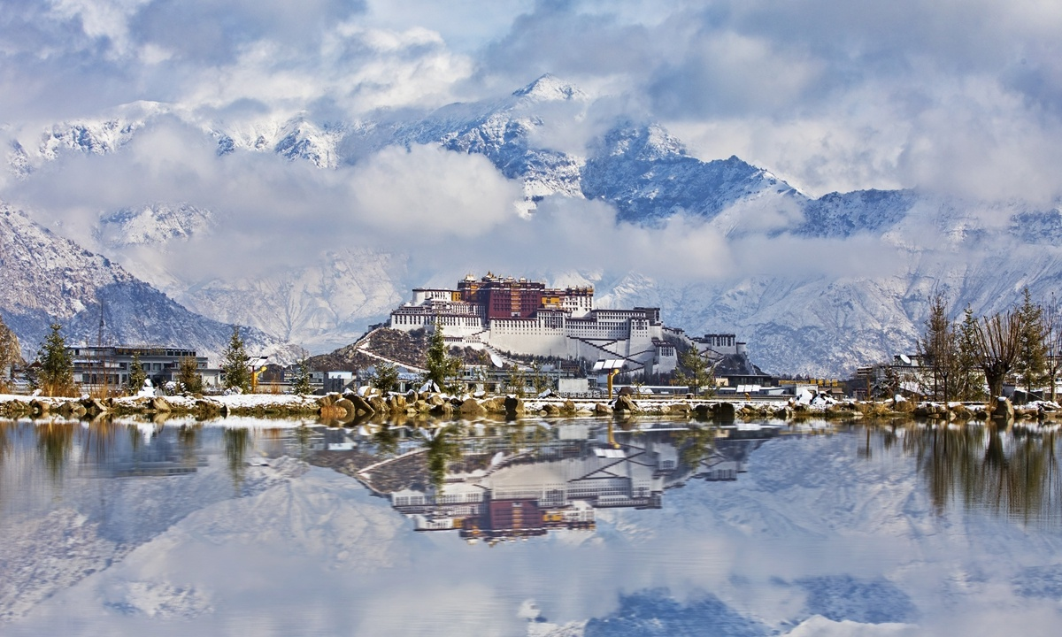 Per capita GDP, disposable income in Tibet exceed national average