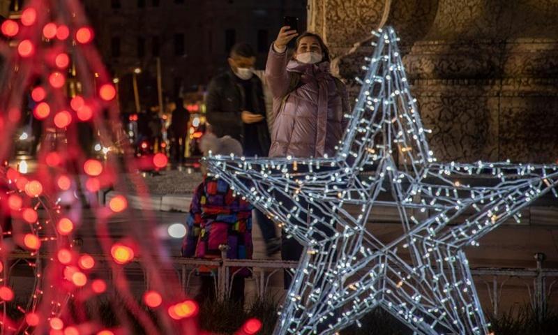 Christmas season boosts China's market rebound
