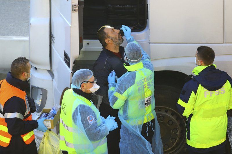 Truckers finally leave UK after days of virus gridlock