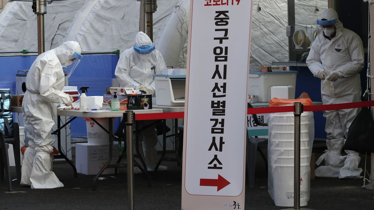 S Korea reports its biggest daily rise in cases