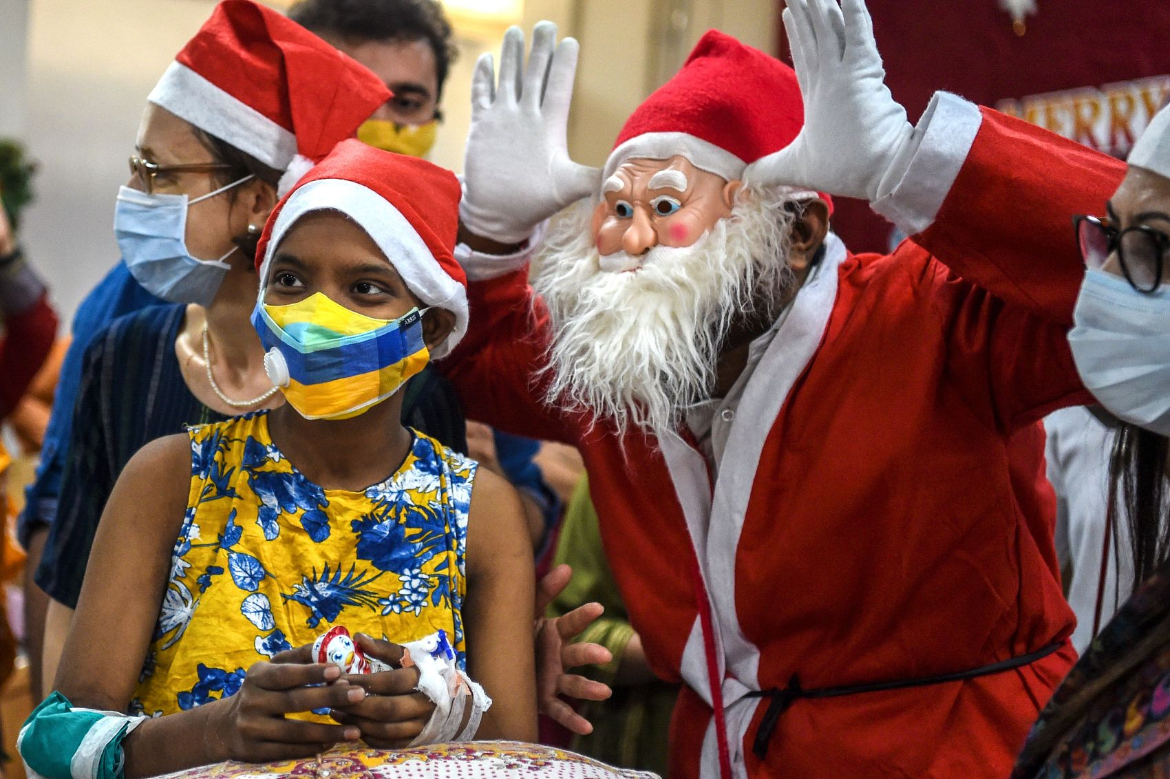 Christmas vibe amid COVID-19