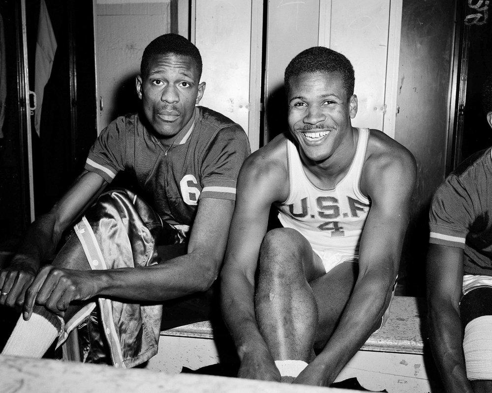 Basketball Hall of Famer K.C. Jones dies at 88