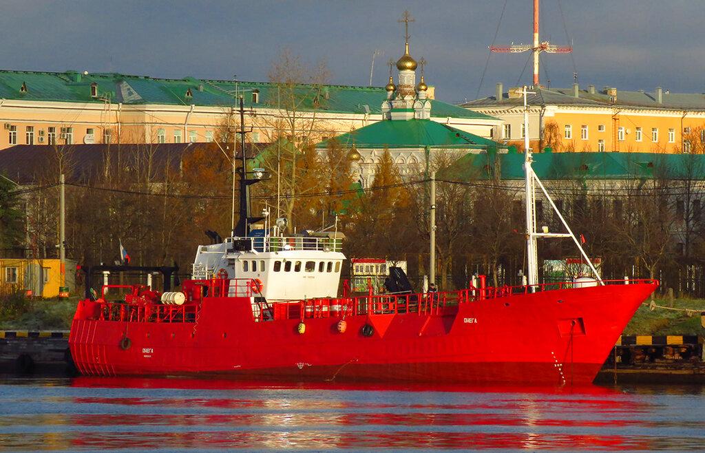 17 fishermen feared dead after boat sinks in Arctic Russia