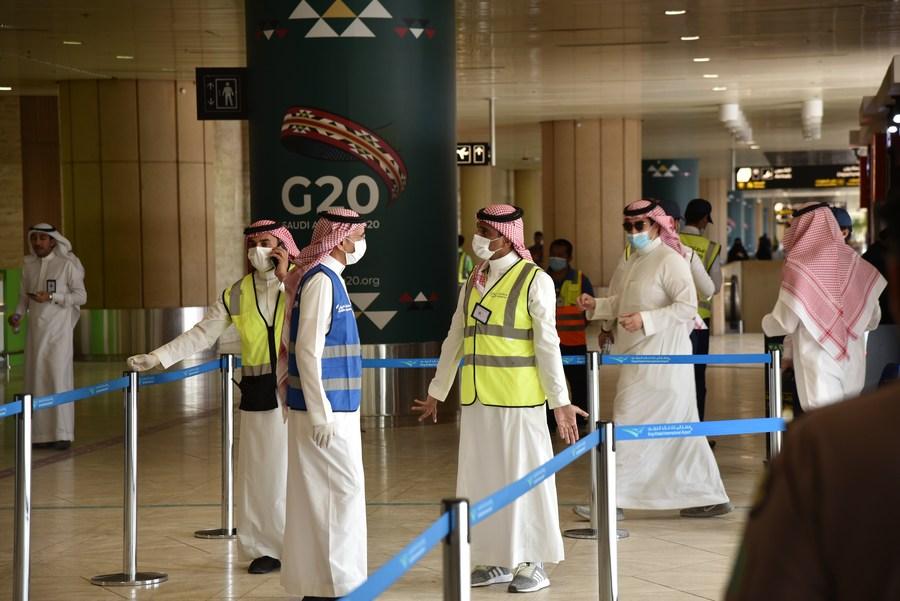 Saudi Arabia extends suspension of int'l flights