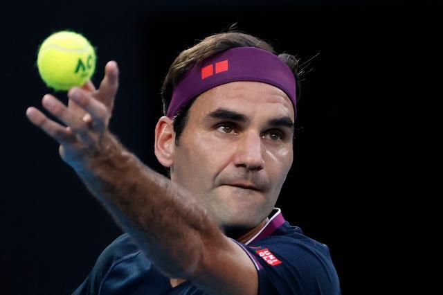Roger Federer withdraws from Australian Open 2021