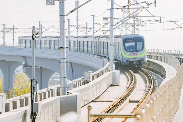 China's Xi'an opens 3 new metro lines