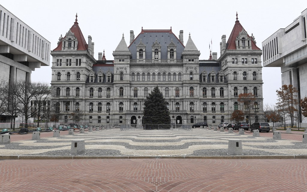 New York state passes protections for renters