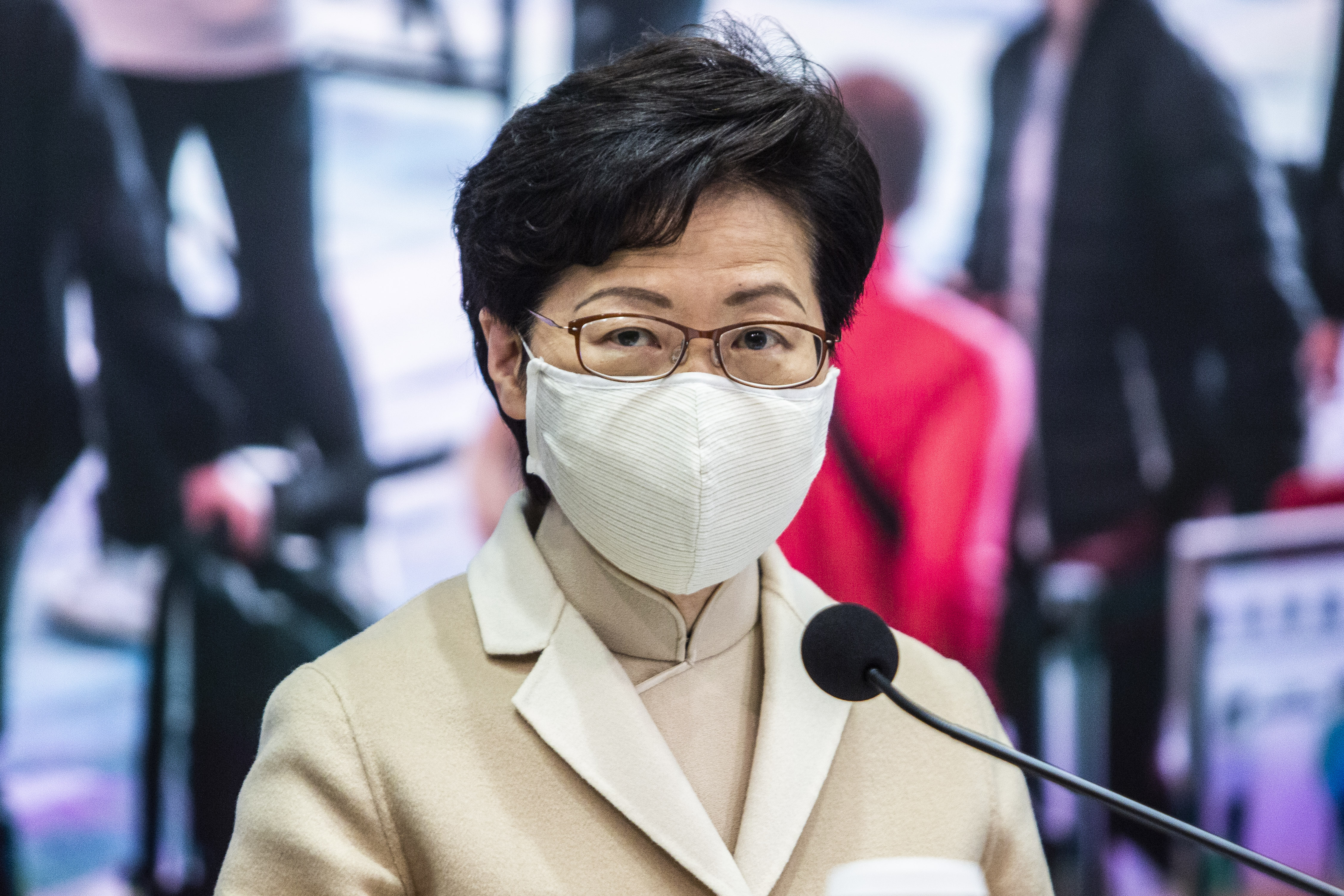 HKSAR chief executive urges Hong Kong residents to actively get COVID-19 vaccine