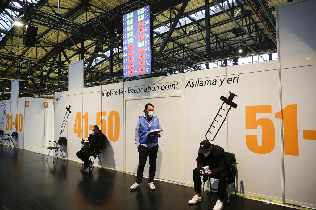 Germany set for longer lockdown as death figures spike