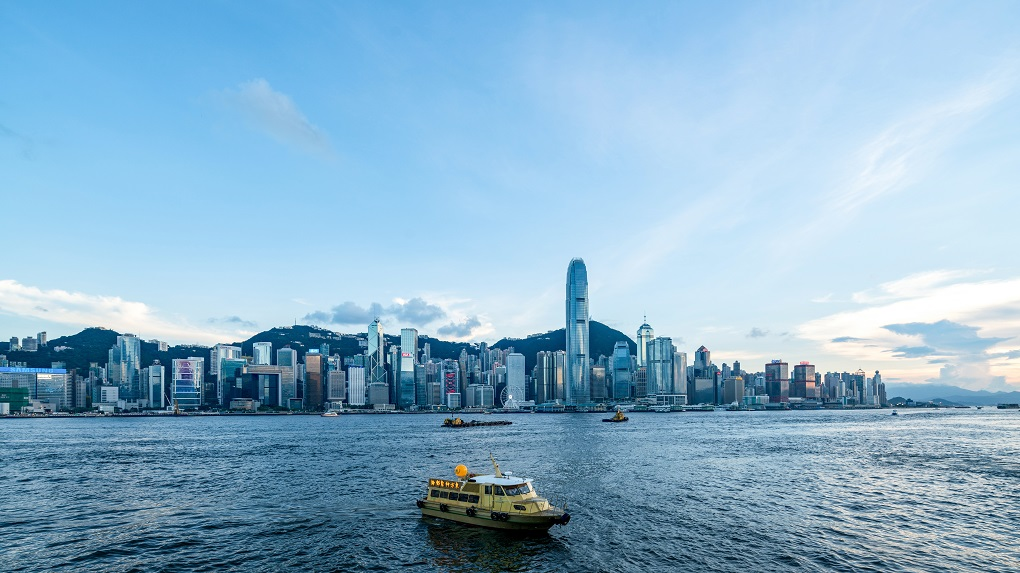 HKSAR chief executive hopes Hong Kong start afresh in new year