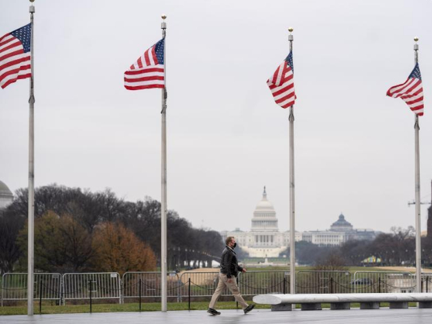 US COVID-19 cases hit grim milestone of 20 mln on New Year's Day
